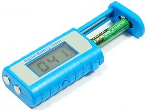 universal-digital-battery-tester-with-display-for-aa-or-aaa-battery-bt-88-blue-1